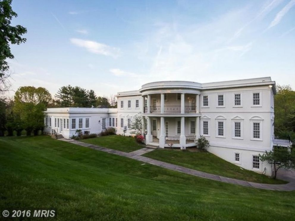 2 mansions resembling white house up for grabs abc news - House images ...