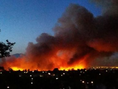 PHOTO: A massive fire in Southern California threatened hundreds of homes Sunday morning.
