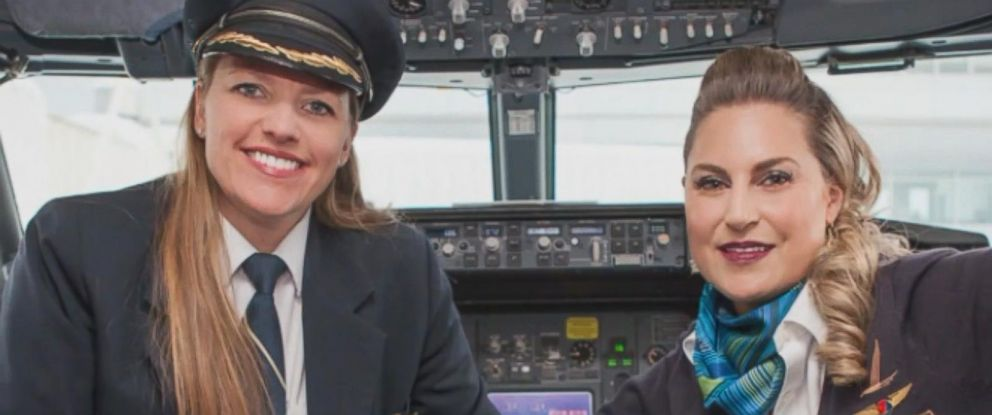 PHOTO: Jodi Harskamp, left, and Jenny Stansel, two Alaskan Airlines coworkers, return to work after kidney transplant