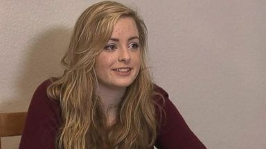 PHOTO: Camryn Wood, 15, speaks to KOMO News.