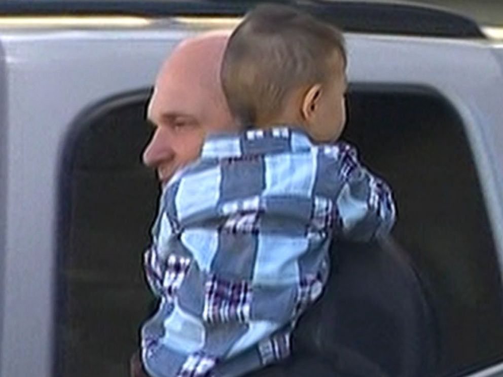 Photo: A Washington state boy, 2, was kidnapped by his grandmother and his fathers girlfriend but has now been reunited with his parents.
