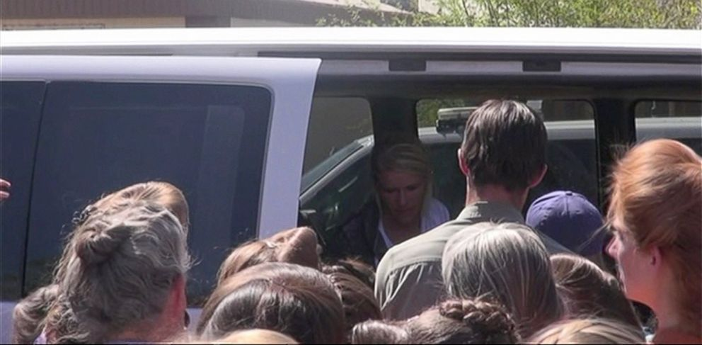 PHOTO: Sabrina Broadbent visited her former Colorado City home armed with a custody order for her children, but a group of devout polygamists surrounded the van.