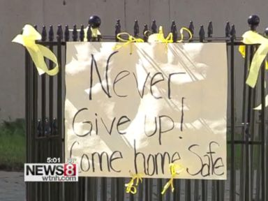 PHOTO: Neighbors decorated Linda Carmans home with ribbons and signs as a way of sharing hope the 54-year-old mother would return home safely after going missing at sea on September 18, 2016.