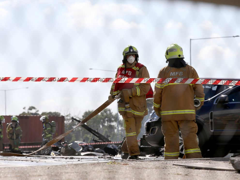 Five dead as plane crashes into Melbourne shopping centre
