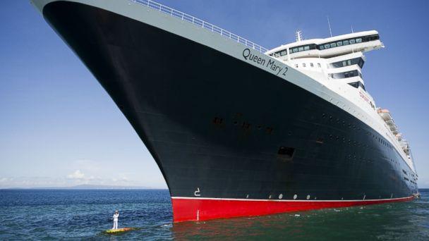 REX captain queen mary2 ml 140307 16x9 608 Queen Mary 2 Captains Dazzling Bow Photos