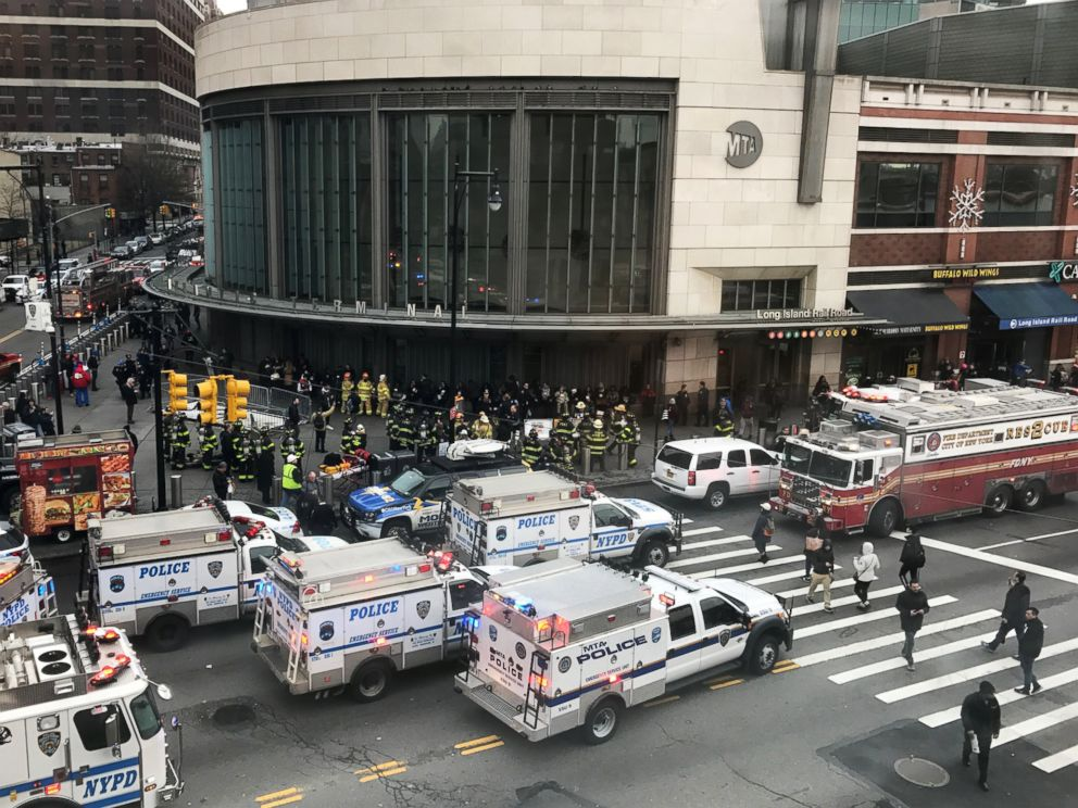 PHOTO: Emergency vehicles gather at the Atlantic Avenue Terminal after a commuter train derailed, Jan. 4, 2017, in Brooklyn, New York.