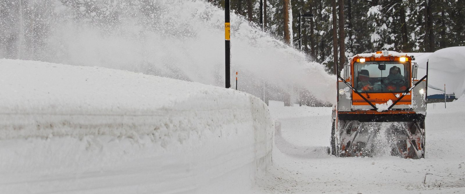 PHOTO: Snow is cleared from the Donner Pass rest area at Donner Pass summit during a winter storm, near Truckee, California, Jan. 7, 2017.