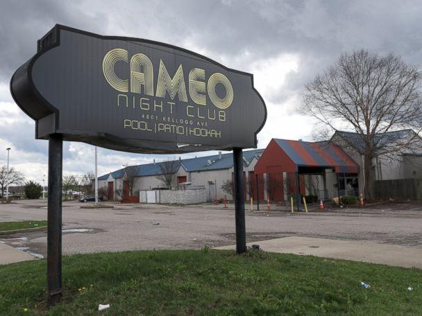 Cincinnati nightclub shooting toll rises to 17 injured, 1 dead; no arrests yet