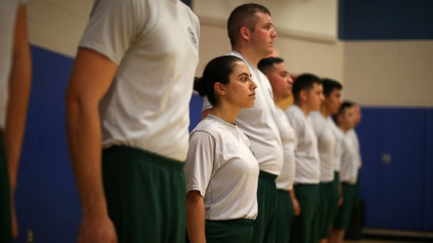 PHOTO: Border patrol trainee Stevany Shakare, from Iraq, takes part in a physical training class at the United States Border Patrol Academy in Artesia, New Mexico, June 8, 2017.