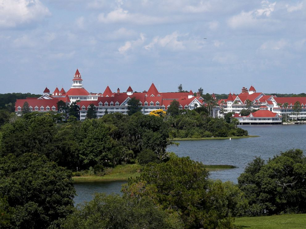 PHOTO: The Grand Floridian in the background as as police hunted for signs of a two-year-old boy who was dragged by an alligator into the lagoon at the Walt Disney World resort in Orlando, Fla., June 15, 2016.