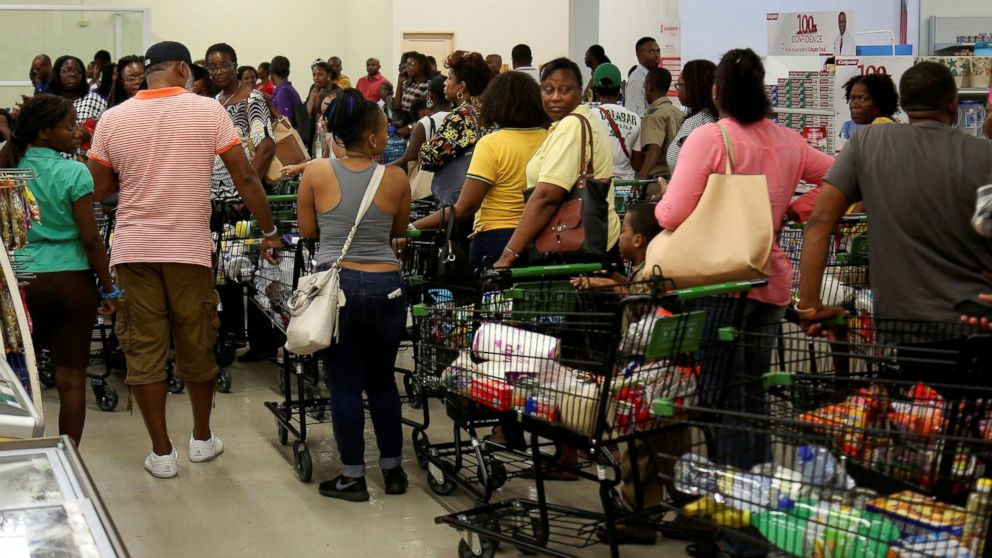 http://a.abcnews.com/images/US/RT_hurricane_matthew_jamaica_supemarket_shopping_jt_161001_16x9_992.jpg