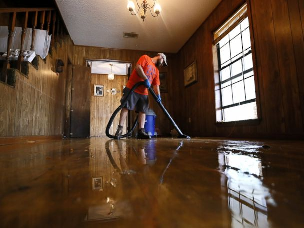 PHOTOS:  Louisiana Residents Clean Up After Catastrophic Flood