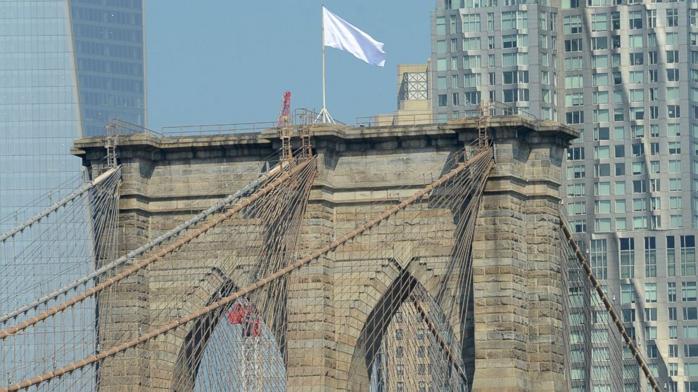 NYPD Investigating White Flags On Brooklyn Bridge...