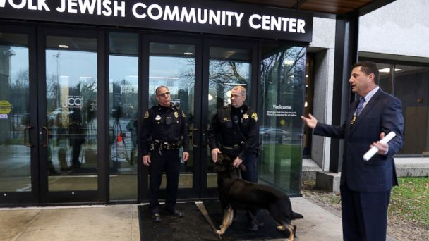 PHOTO: Brighton Police Chief Mark Henderson said there was no bomb found and investigation into the threat continues at the Louis S. Wolk Jewish Community Center, March 7, 2017, in Rochester, N.Y.
