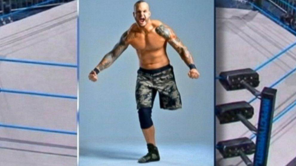 PHOTO: Wrestler Chris Melendez lost one leg when he was deployed in Iraq