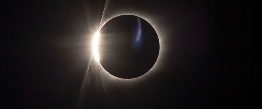 """PHOTO: The """"diamond ring"""" effect is visible as the Earths moon passes in front of the sun during a solar eclipse viewed from Madras, Ore., Aug. 21, 2017."""