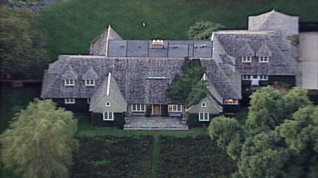 PHOTO: Ted and Generosa Ammon has many houses, including a mansion in East Hampton, where Ted Ammon was found murdered in 2001.