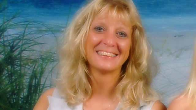 PHOTO: Annette Mizener, 37, seen here in this undated file photo, went missing Dec. 4, 2004.