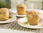 PHOTO: Little Big Towns Kimberly Schlapmans apple crisp mini pies are seen here.