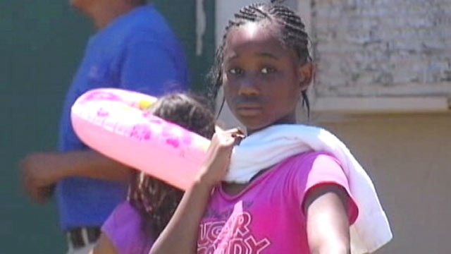PHOTO: Jermyasha Scales helped pull a drowning victim from an apartment complex Pool, Nashville Tenn., June 13, 2012.