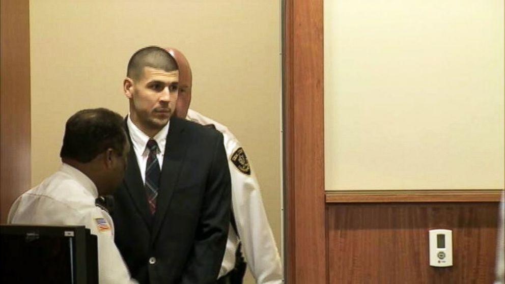 PHOTO: Aaron Hernandez appears at the Fall River Justice Center in Fall River, Mass. on Dec. 23, 2013.