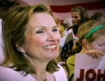 VIDEO: The wife of John Edwards dies of breast cancer.