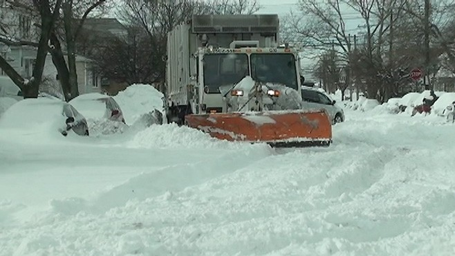 VIDEO: Parked Snow Plow Caught on Tape