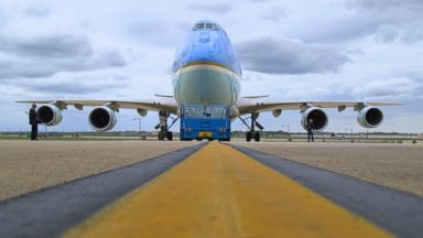 PHOTO: Air Force One is seen in this May 1, 2015 photo.