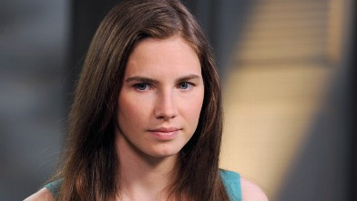 PHOTO: Amanda Knox speaks with ABC News' Diane Sawyer in an exclusive interview.