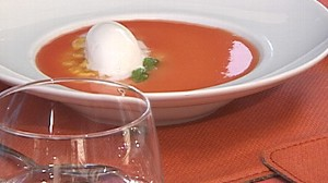 VIDEO: Scarpetta chef Scott Conant cooks cream into a refreshing dessert.