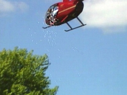 Video: Wisconsin Red Cross host golf ball drop fundraiser.