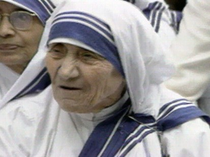 VIDEO: Mother Teresa Dies