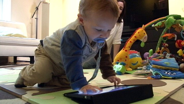 PHOTO: 13-month-old Leo Wolfson interacts with his iPad
