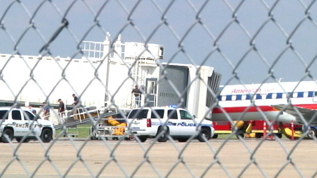PHOTO: An unarmed man locked himself in the cockpit of an empty American Airlines plane at the Baton Rouge Metro Airport, Aug. 22, 2012, officials said.