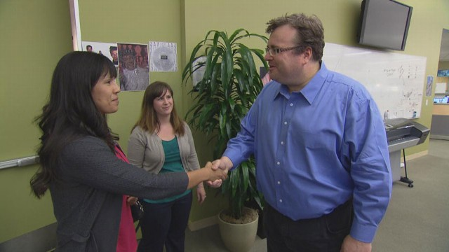 VIDEO: LinkedIns co-founder, Reid Hoffman, shares advice and insight with Marine Corp Veteran.