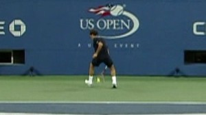 Video: Roger Federers between the legs shot.