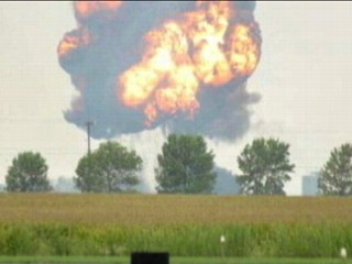 Pilot Killed in Iowa Air Show Crash
