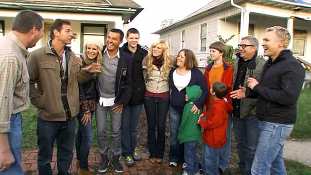 "PHOTO: ""Extreme Makeover: Home Edition"" and ""Good Morning America"" surprise the Howard family with news that theyll get a new home."