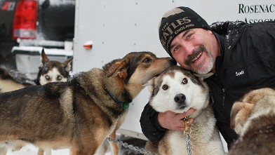 abc iditarod Scott Janssen jt 120304 wb Musher Saves Dog with Mouth to Snout