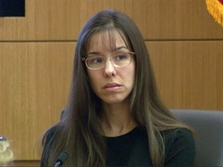 Jodi Arias Reads Torn-Out Diary Pages