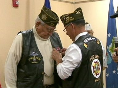 Vet Gets Surprise Purple Heart 65 Years After WWII