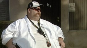 Video: Obese man says city is discriminating against him because of his weight.