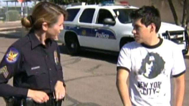 VIDEO: Phoenix cop taught Christian Felix, 18, how to ride after hearing that he walks several miles to work.
