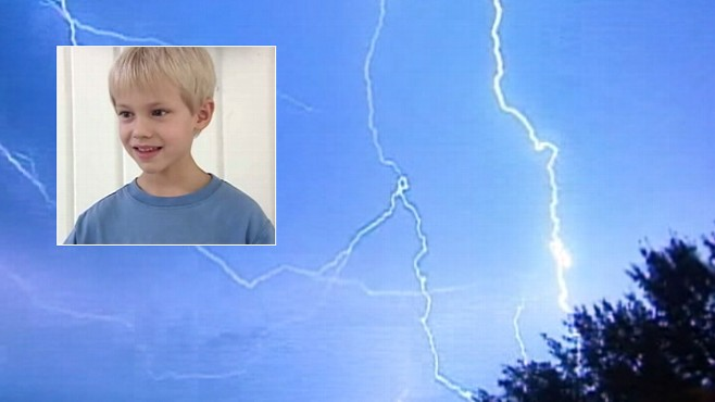 Video: North Carolina boy struck by lightning.