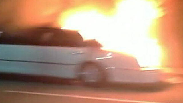 PHOTO: Nine women were in a limo, along with a male driver, when it caught fire on the San Mateo-Hayward Bridge, California Highw