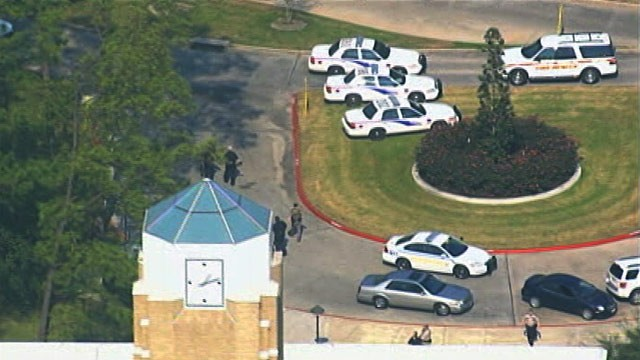 PHOTO: Campus lockdown