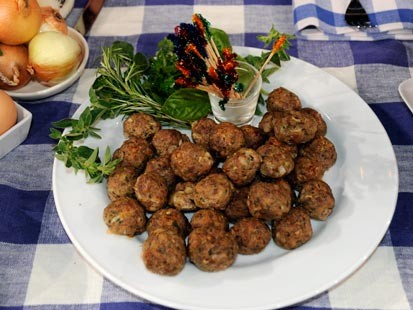 PHOTO: Trisha Yearwoods Mini Meatballs