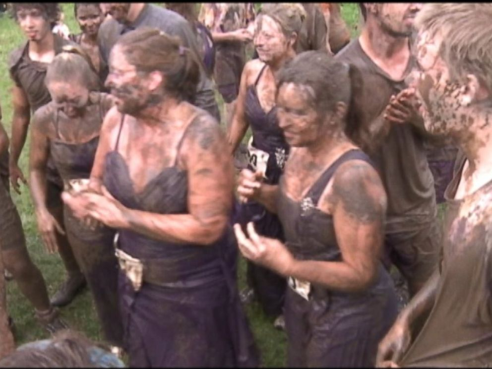 PHOTO: After Shannon Halls death, family and friends decided to join Halls four sisters in honoring Hall by participating in the Udder Mudder race, Sept. 20, 2014.