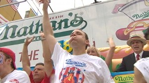 Chestnut Relishes Hot Dog Record