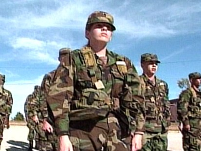 VIDEO: Military recruiters rake in new recruits